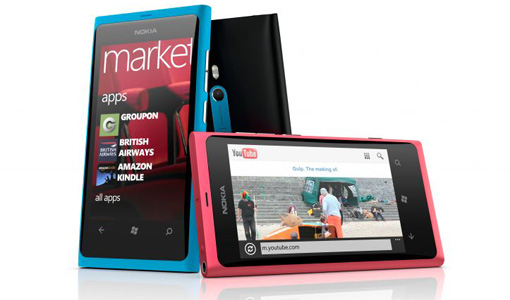 Smartphone Nokia Lumina 800 sous Windows Phone